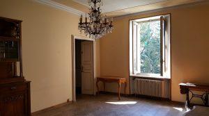 Ampio appartamento Via Farini adiacenze